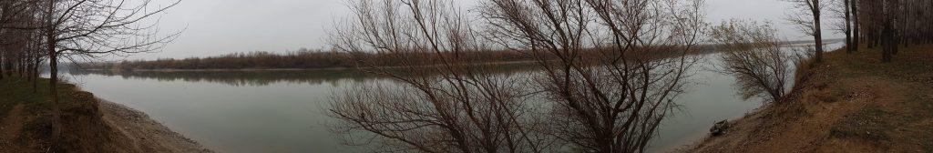 Panorama Lunca Siretului. La noi, la Namoloasa.